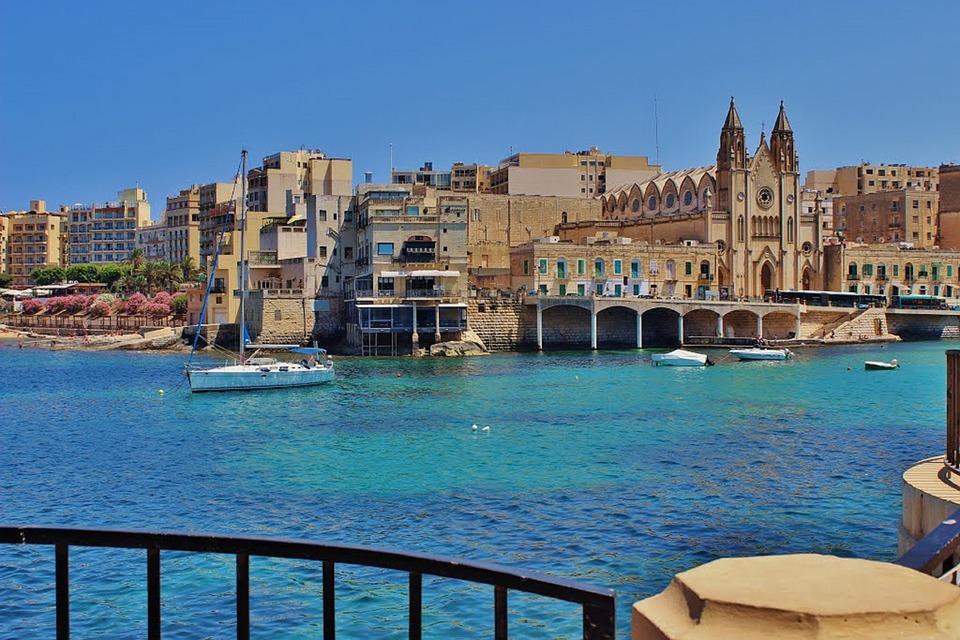 pigūs lėktuvo bilietai į Maltą